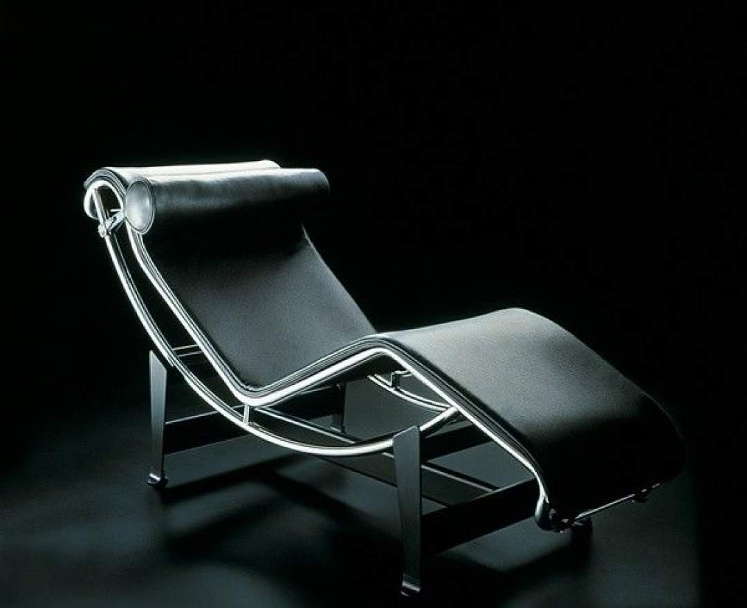 Cassina - CHAISELONGUE LC4