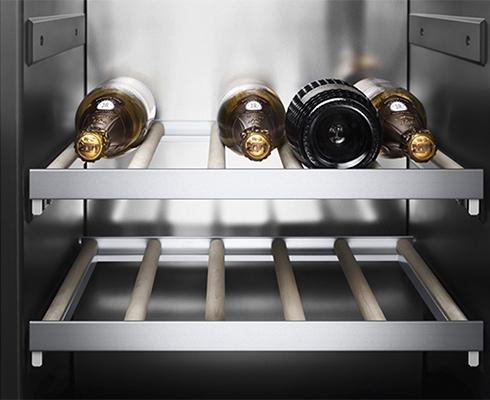 wein klimaschrank von gaggenau vario 400 gaggenau. Black Bedroom Furniture Sets. Home Design Ideas