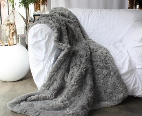 webpelz plaids fake fur summer sale 20 nachlass carma plaids stilpunkte. Black Bedroom Furniture Sets. Home Design Ideas
