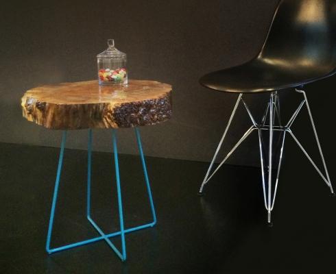 Beistelltisch mit lackierter baumscheibe individuellem metallgestell gesagt getan stilpunkte - Beistelltisch baumscheibe ...
