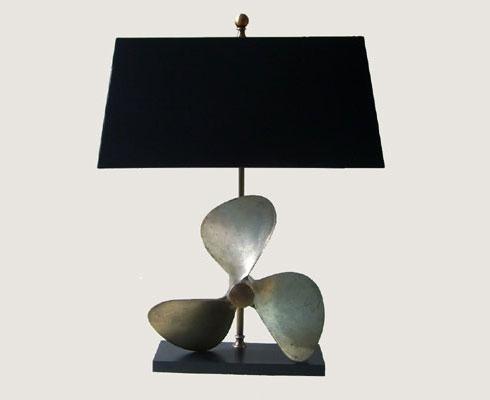 Tischlampen unikate patio antiques stilpunkte for Hochwertige tischlampen