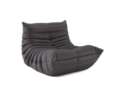togo sessel ligne roset stilpunkte. Black Bedroom Furniture Sets. Home Design Ideas