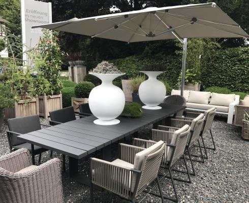 Moderne Gartenmöbel geradlinige und moderne gartenmöbel borek parasols outdoor