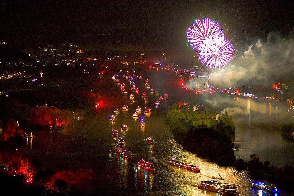 Stilpunkte-Blog: Rhein in Flammen, gesehen vom Drachenfels