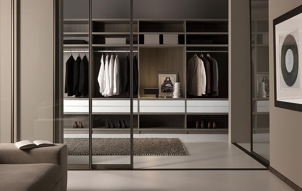 STILPUNKTE-Blog: LUX118 ist Spezialist für die Maßanfertigung von Schranksystemen, hier als begehbarer Kleiderschrank in einer Wand-zu-Wand-Version