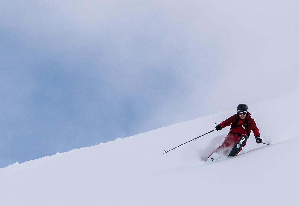 STILPUNKTE-Blog: Abfahrtslauf mit Pillowdrop-Skiern.