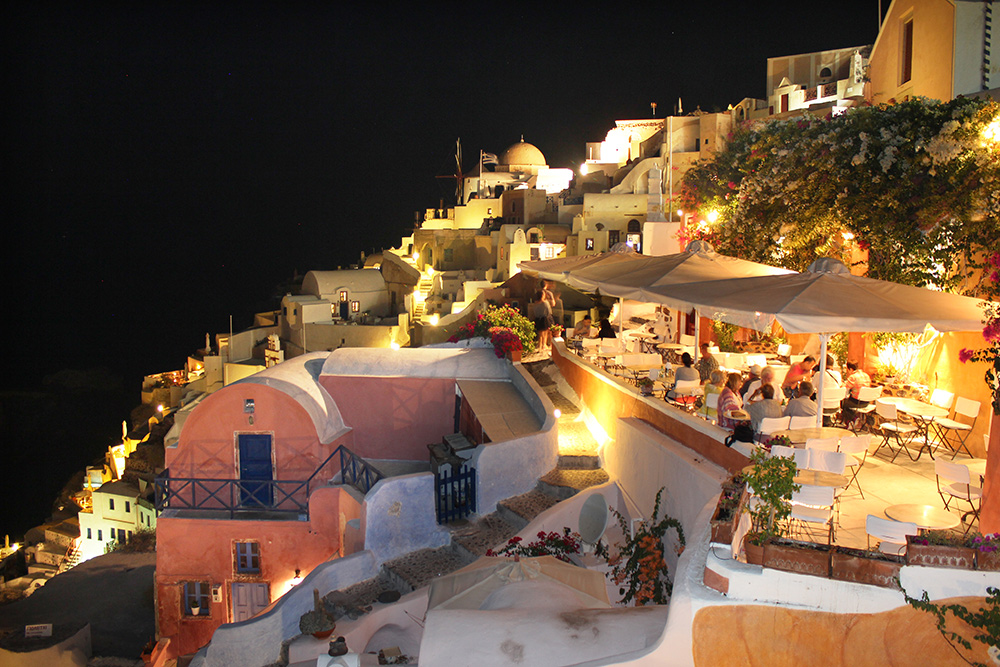 Stilpunkte-Blog: Nachtaufnahme Oia/Santorini