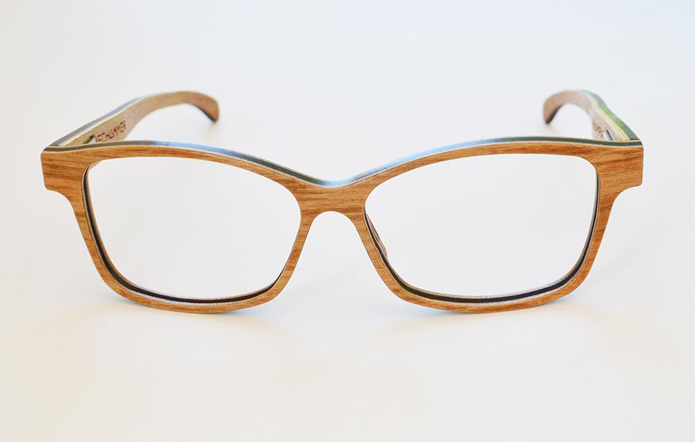 Stilpunkte-Blog: Holzbrille. Foto: Schümmer Optik