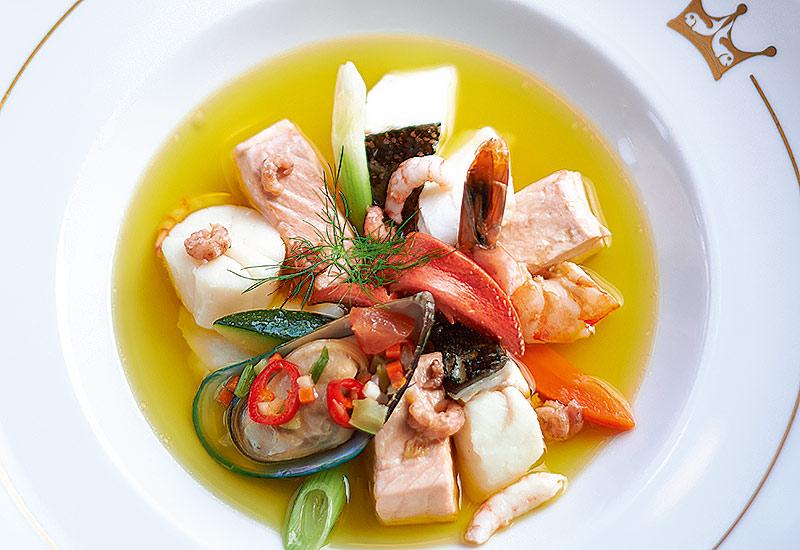 Stilpunkte-Blog: Bouillabaisse, beliebtes Fischgericht in der Fastenzeit. Foto Fischereihafenrestaurant Hamburg