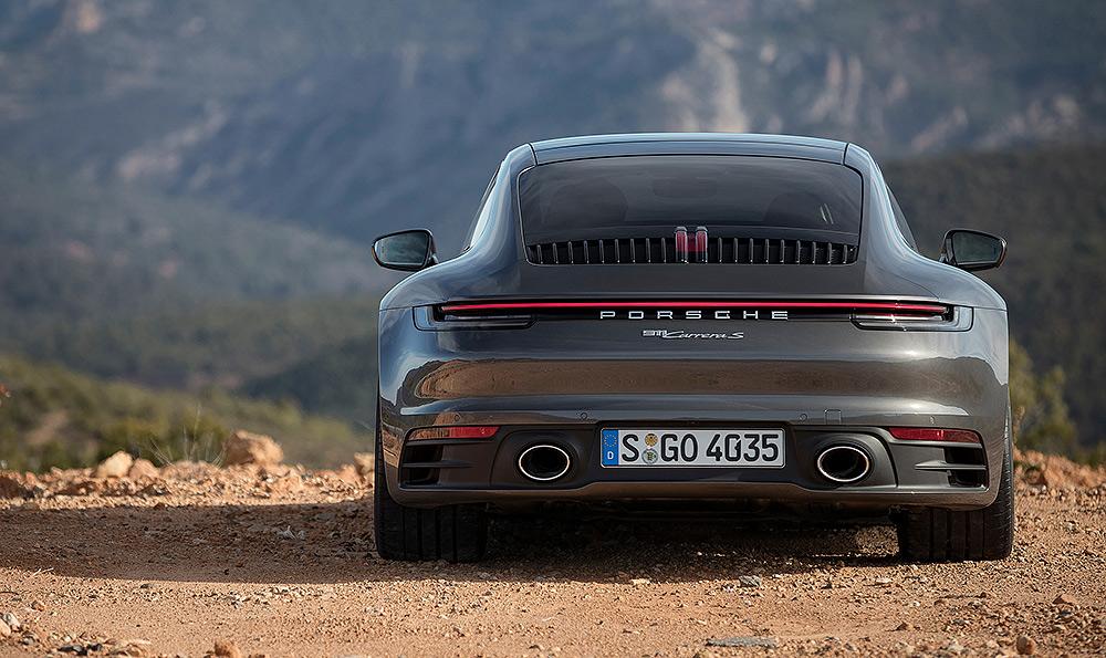 Stilpunkte-Blog: Dynamisches Heck, der neue Porsche 911 Carrera S