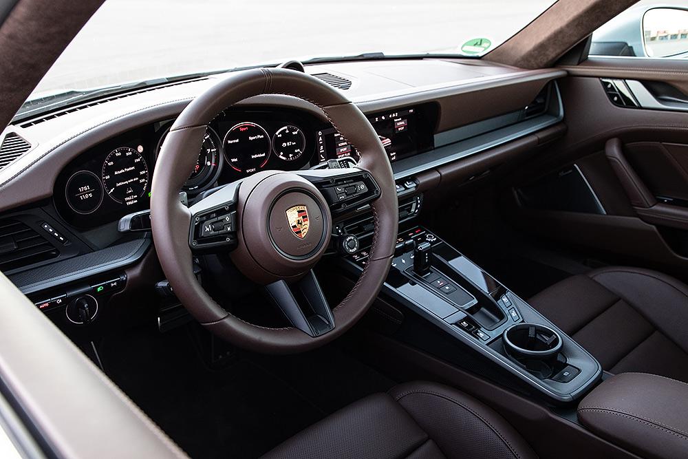 Stilpunkte-Blog: Exklusives Interieur, der neue Porsche 911 Carrera S