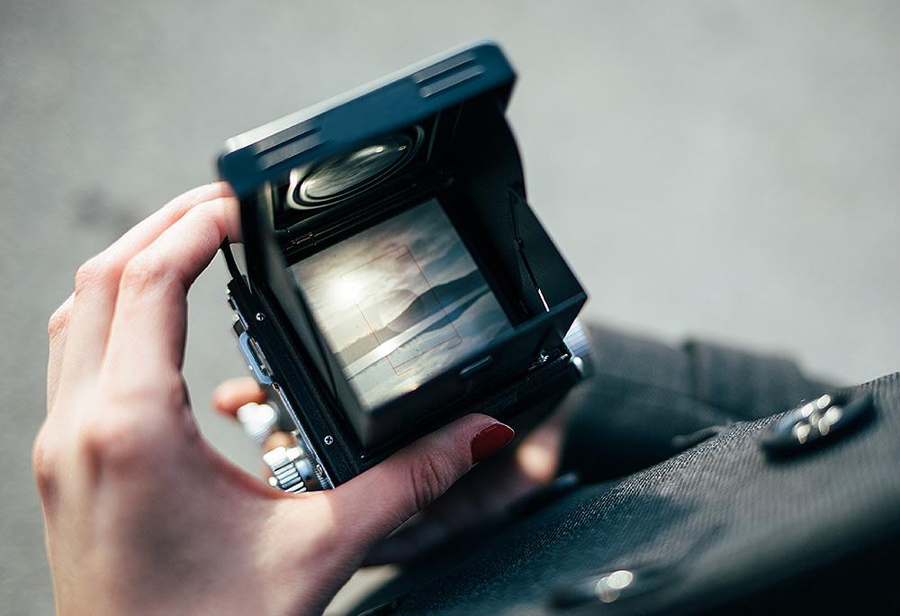 Stilpunkte-Blog: Fotografieren mit der Rolleicord, Blick durch den Schachtsucher.
