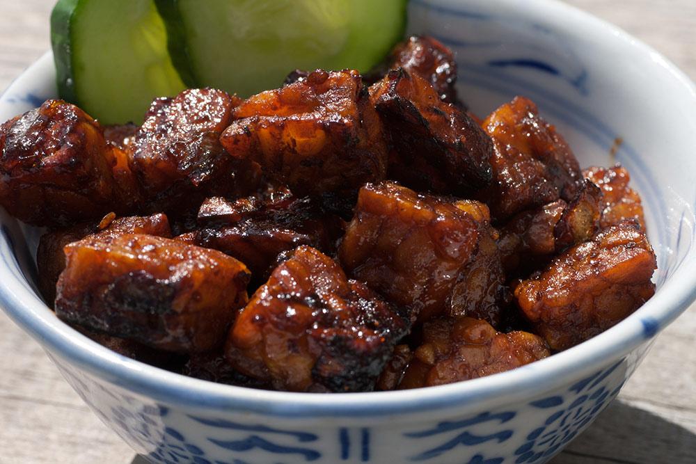 Stilpunkte-Blog: Tempeh-Gericht mit Kecap-Sauce, leckeres Gericht aus Asien für Vegetarier